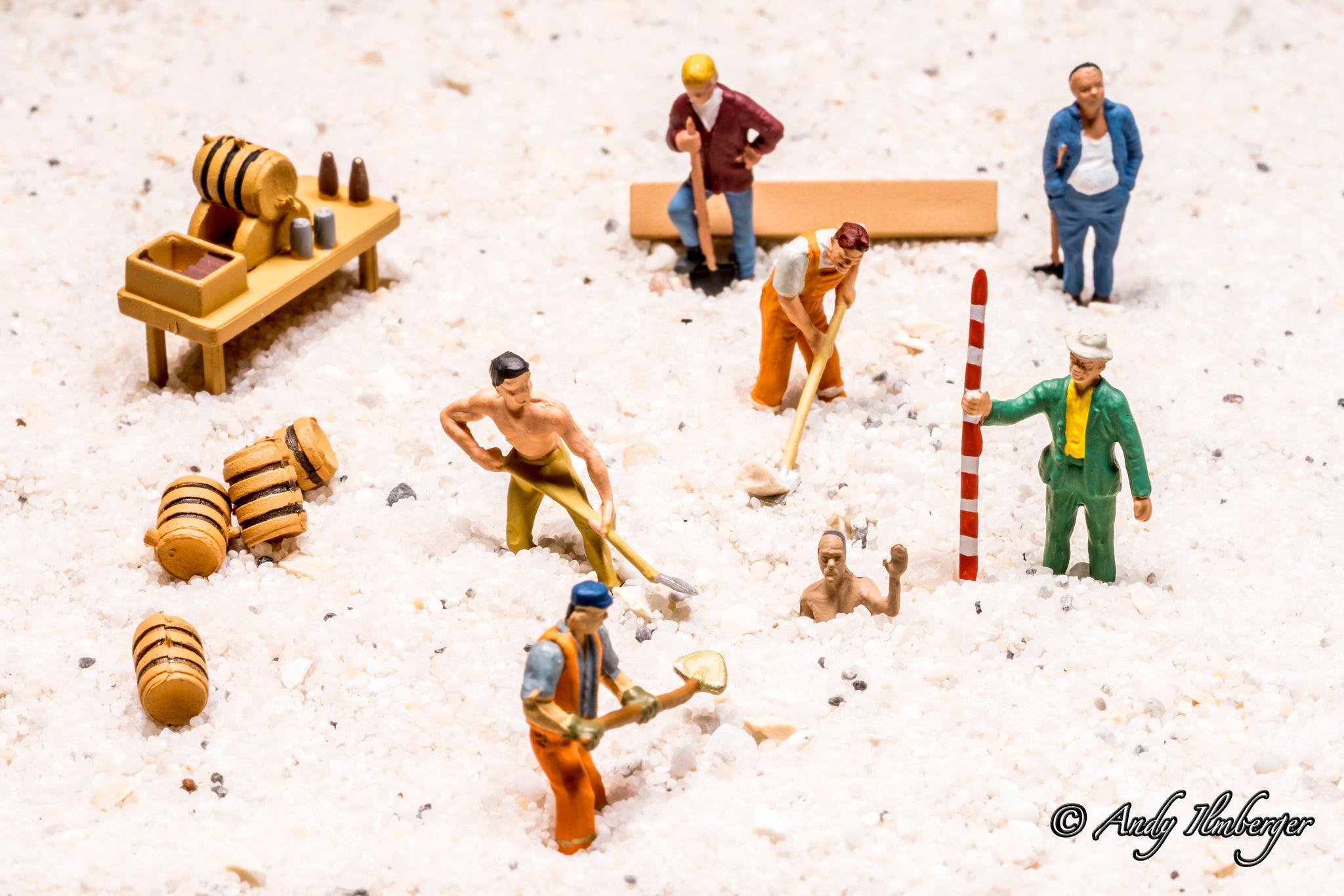Rettungsaktion aus dem Treibsand - H0-Figuren in Szene gesetzt von © Andy Ilmberger im Kleine-Helden.Club