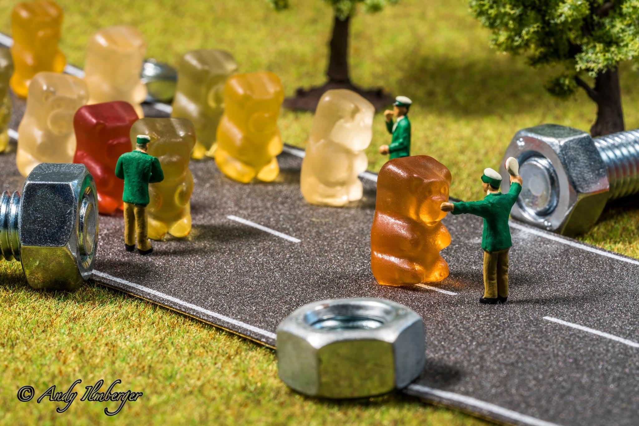 H0-Helden - Grenzkontrolle - H0-Figuren in Szene gesetzt von © Andy Ilmberger im Kleine-Helden.Club