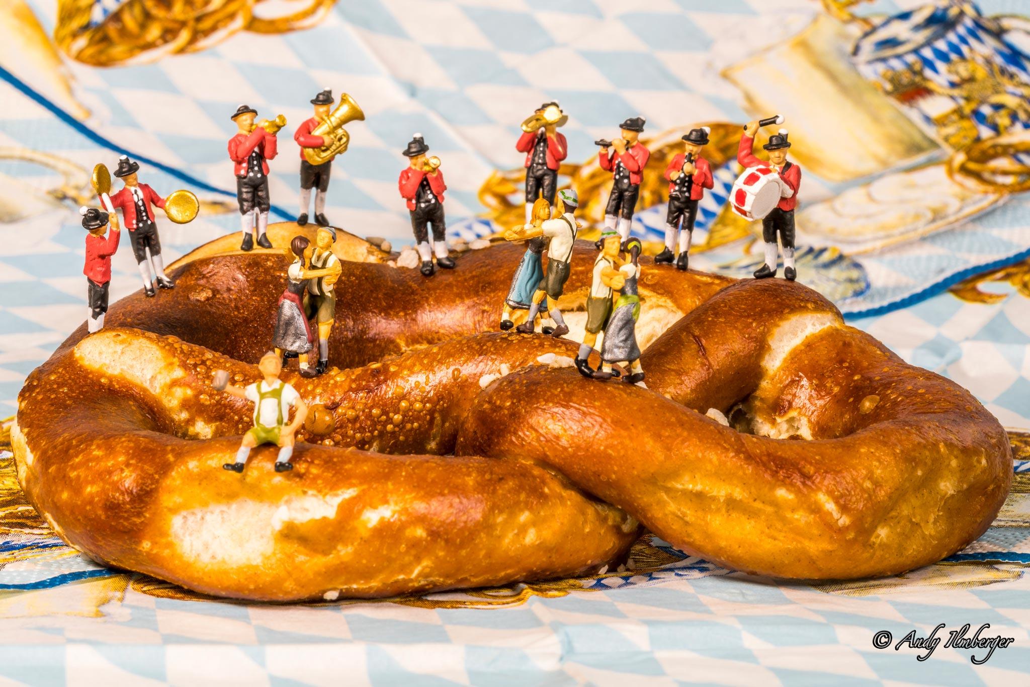 H0-Helden - Brezntanz - H0-Figuren in Szene gesetzt von © Andy Ilmberger im Kleine-Helden.Club